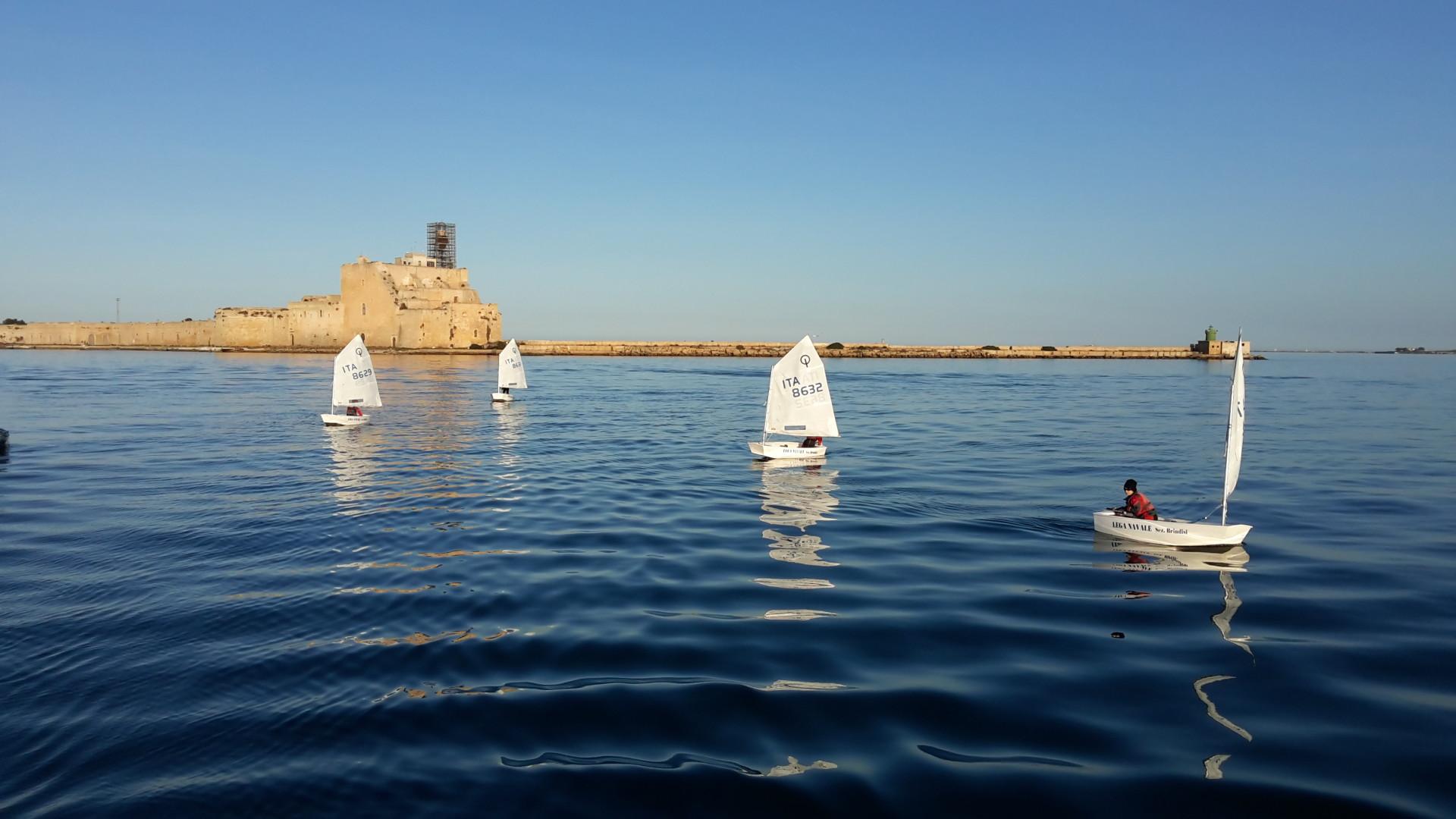 Scuola-di-vela-lega-navale-LNI-Brindisi (12)