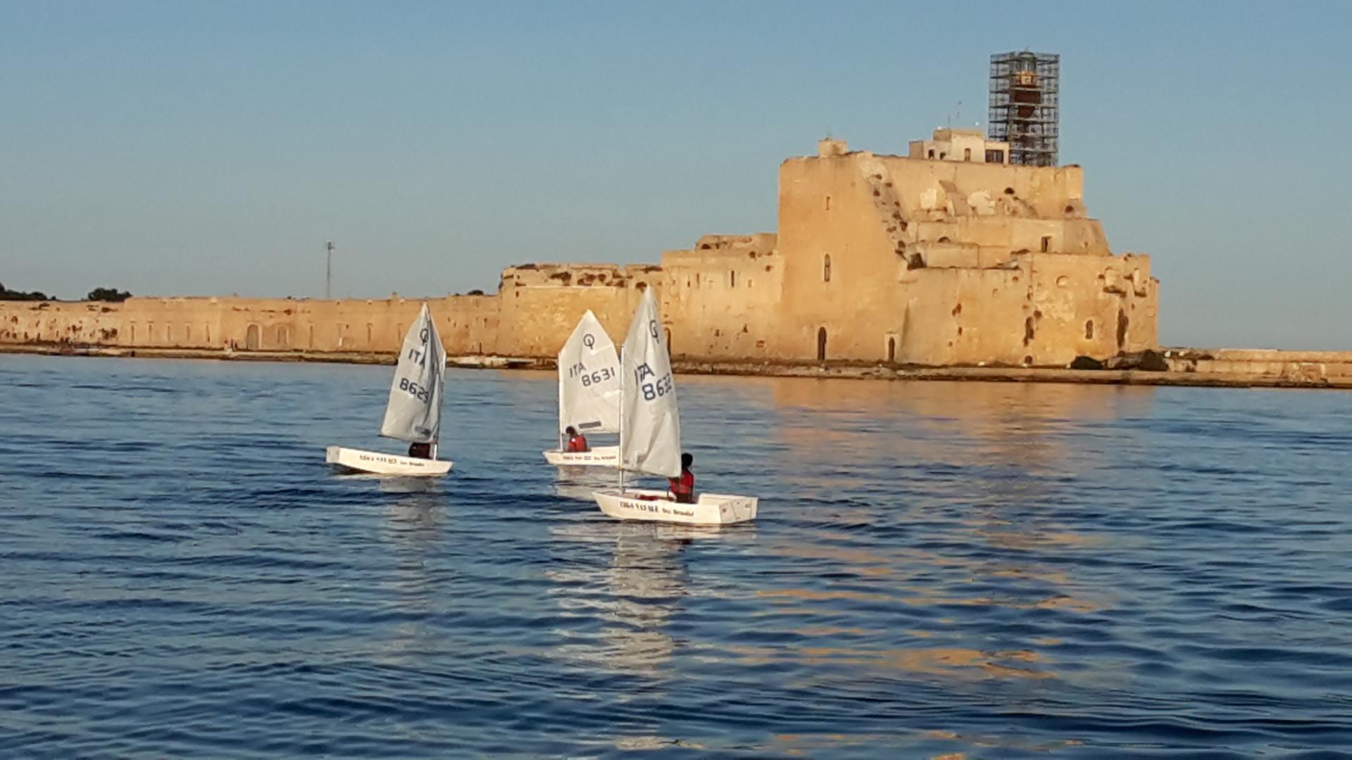 Scuola-di-vela-lega-navale-LNI-Brindisi (13)