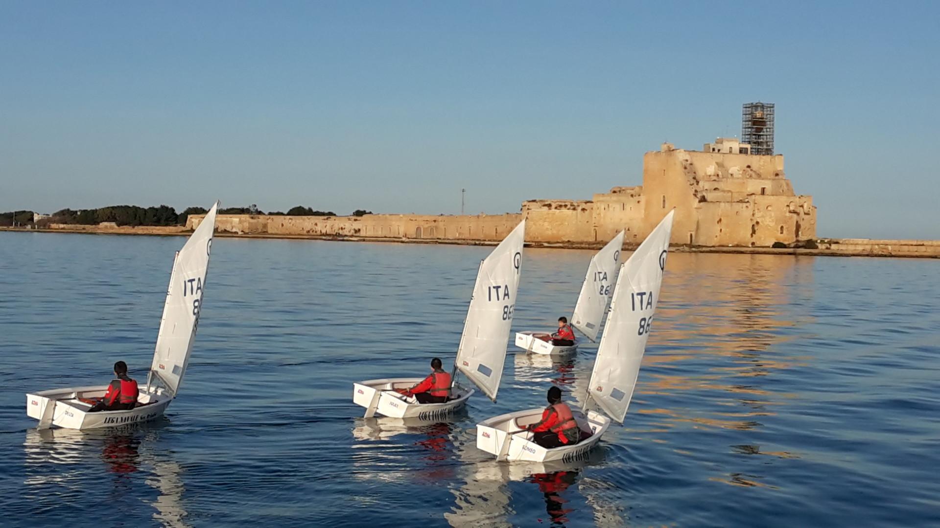 Scuola-di-vela-lega-navale-LNI-Brindisi (5)