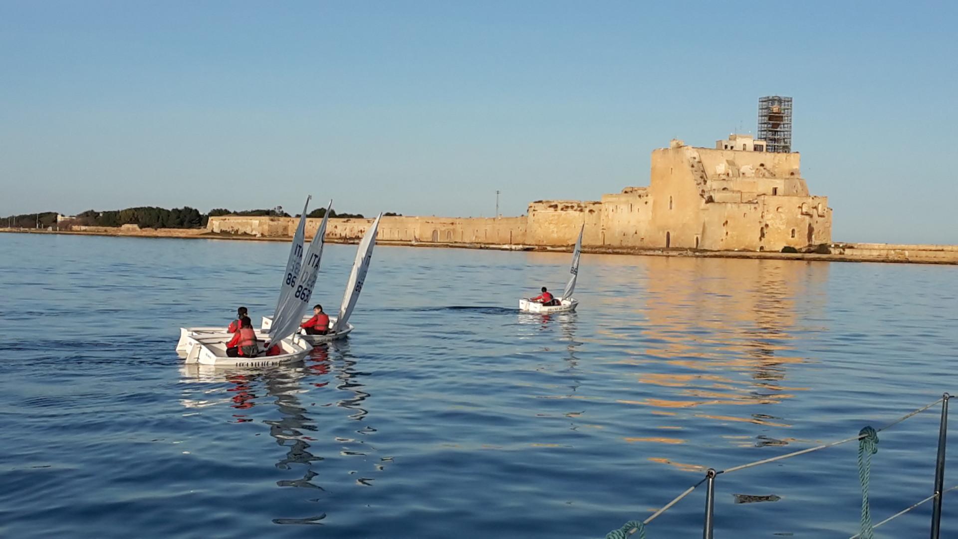 Scuola-di-vela-lega-navale-LNI-Brindisi (6)