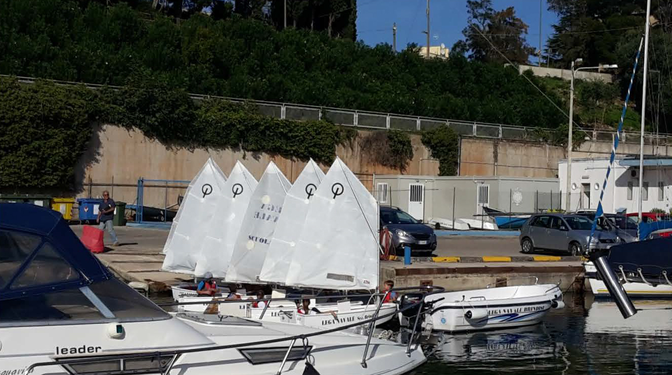 Lega Navale Italiana Brindisi Gruppo Sportivo Vela 3